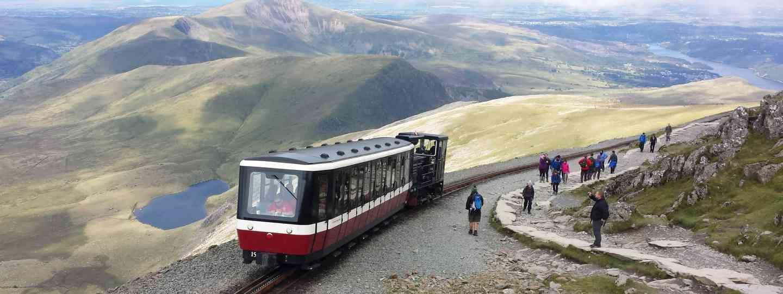 Snowdon train (Dreamstime)