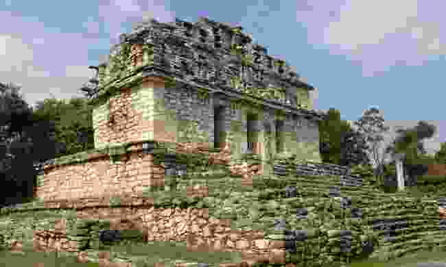 An impressive temple still stands at the Maya ruins at Yaxchilan (Dreamstime)
