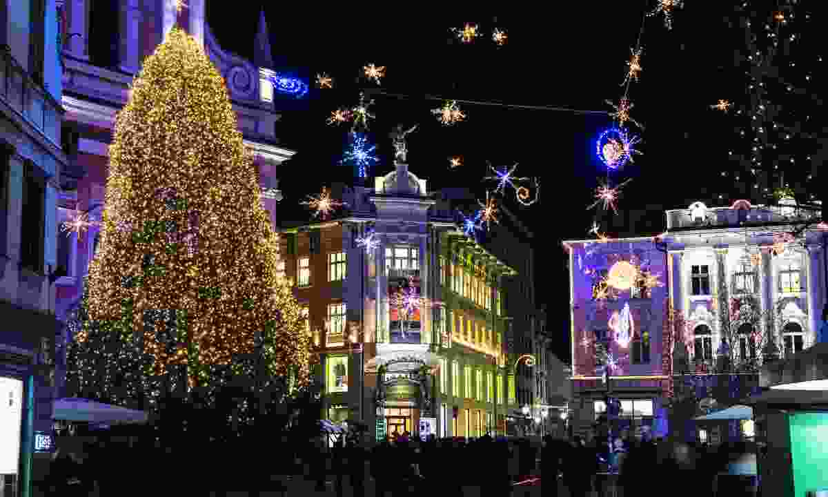 Christmas decorations and lights in Ljubljana (Slovenian Tourist Board)