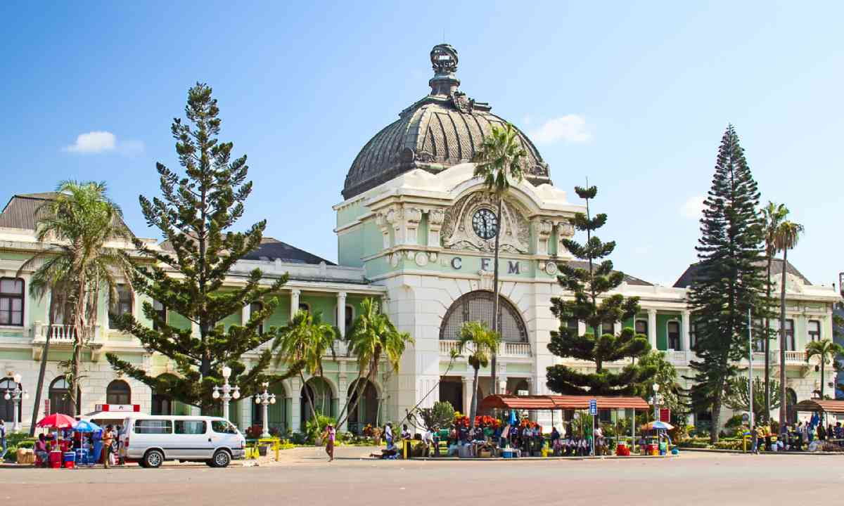 Rail station in Maputo, Mozambique (Shutterstock)
