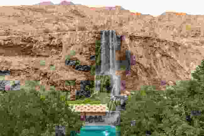 Hot springs are located in the mountains near the Dead Sea (Shutterstock)
