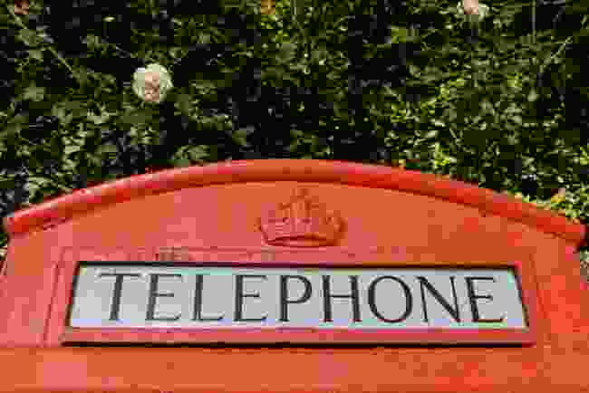 A red phone box (Dreamstime)