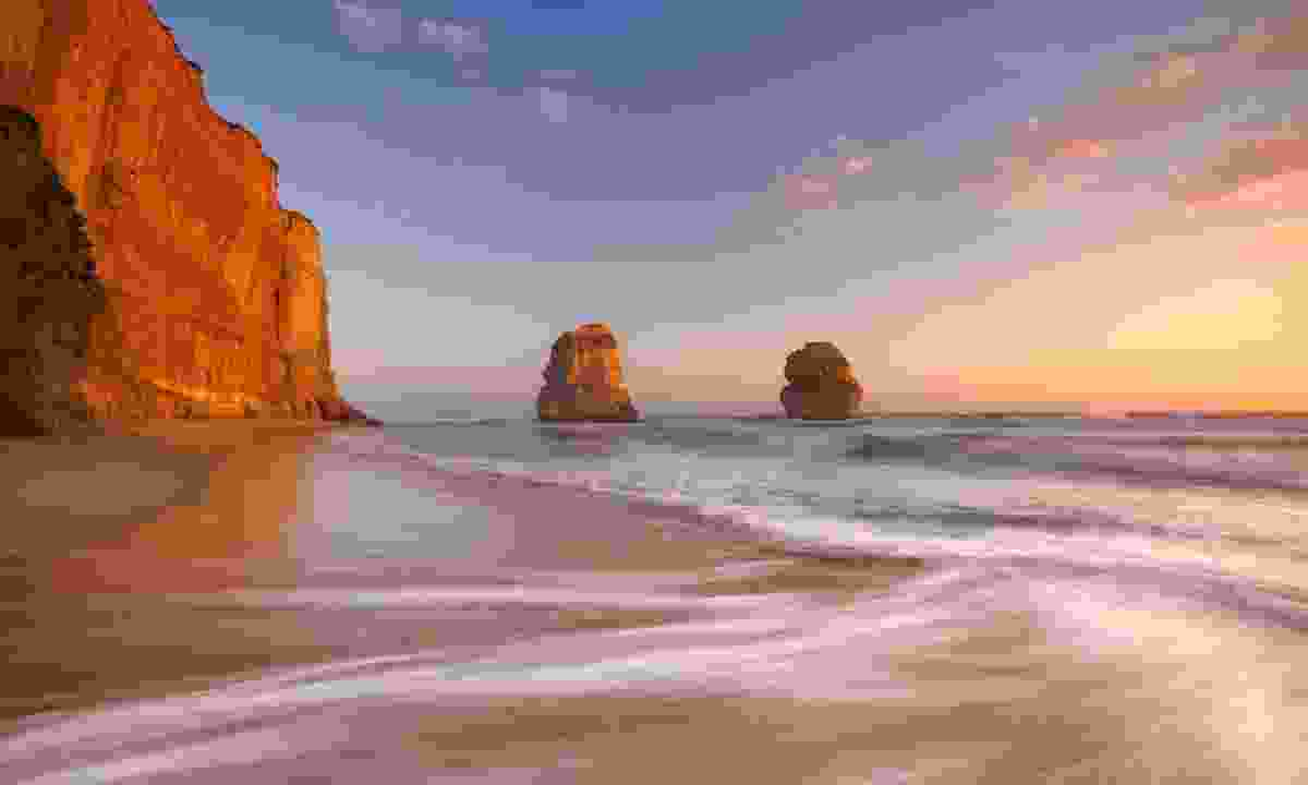Sunset over the Apostles (Dreamstime)