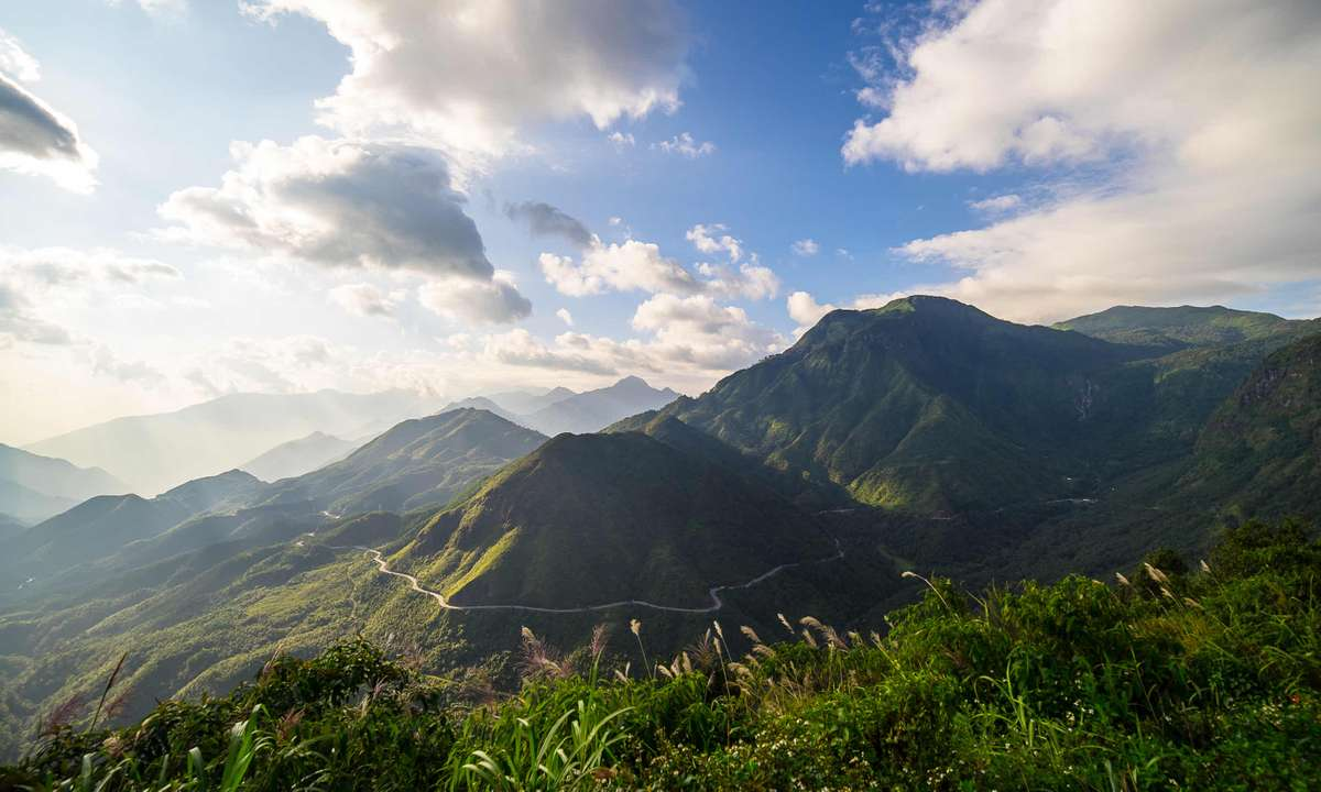 View from Mount Fansipan (Dreamstime)