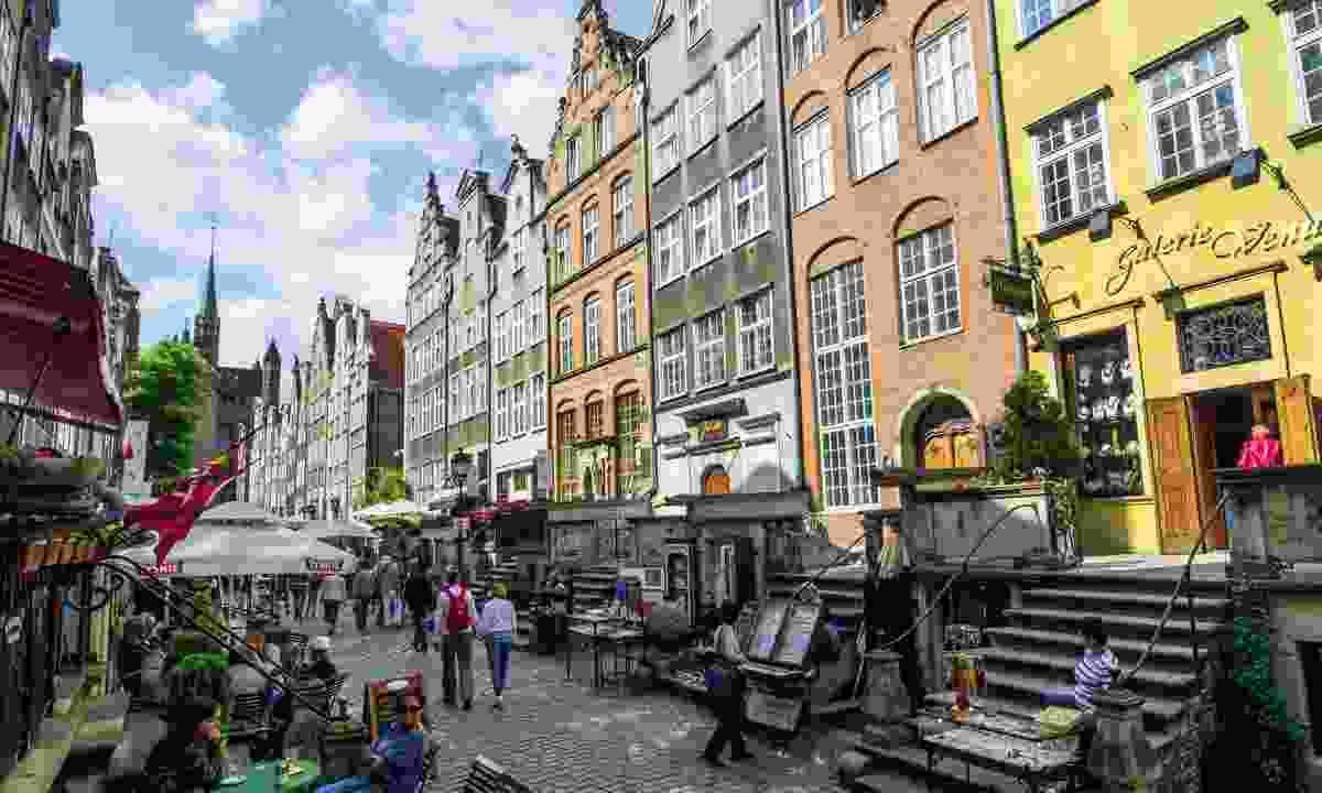 Colourful terraces of Ulica Mariacka (Dreamstime)