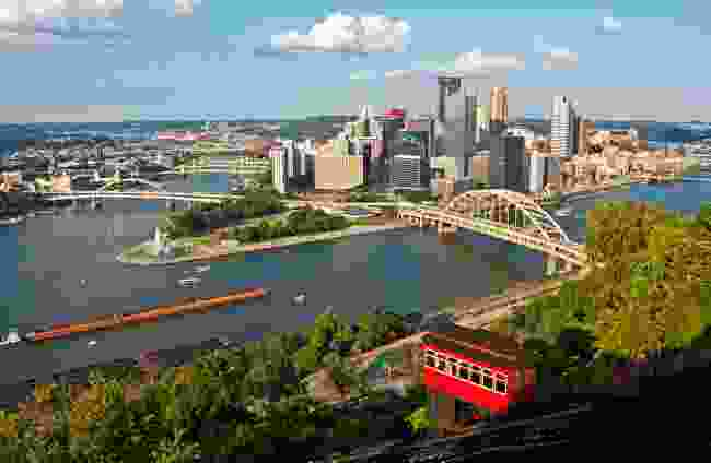 Pittsburgh viewed from the Duquesne Incline, in summer (Dreamstime)