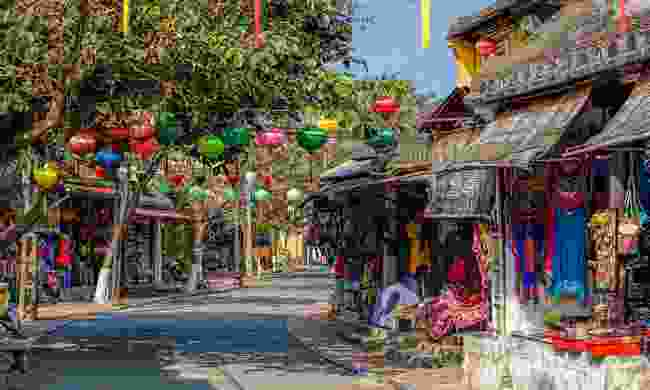 Virtually walk the ancient streets of Hoi An (Shutterstock)