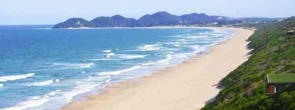 Beach in Mozambique (Shutterstock)