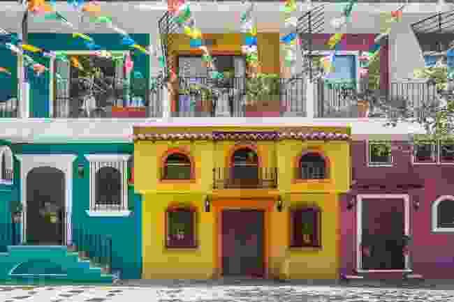 Colourful homes brighten the streets of Puerto Vallarta, Mexico (Shutterstock)