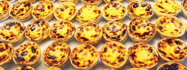 Portuguese custard tarts (Shutterstock)