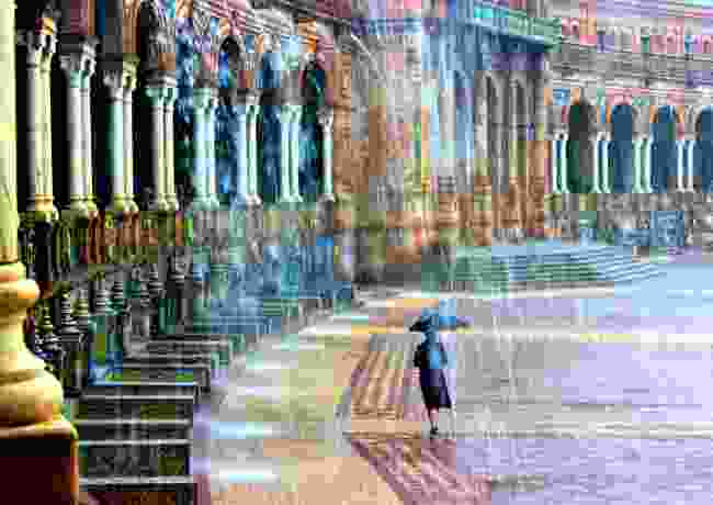 Lady in the rain Seville, Spain (Barry Pope)