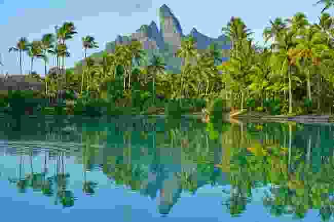 Bora Bora (Shutterstock)