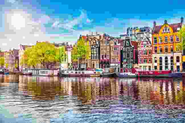 Amsterdam (Shutterstock)