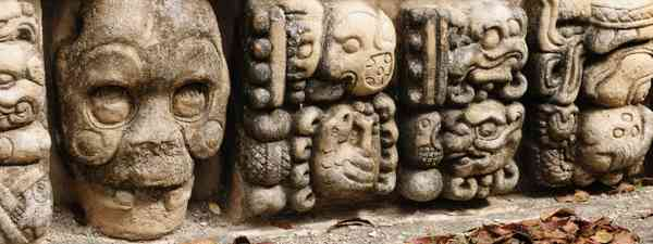 Stone carvings in Copán (Shutterstock)