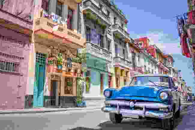 A vintage American car on the streets of Havana (Shutterstock)
