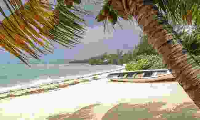 Snorkel at Roches Noires beach (Shutterstock)
