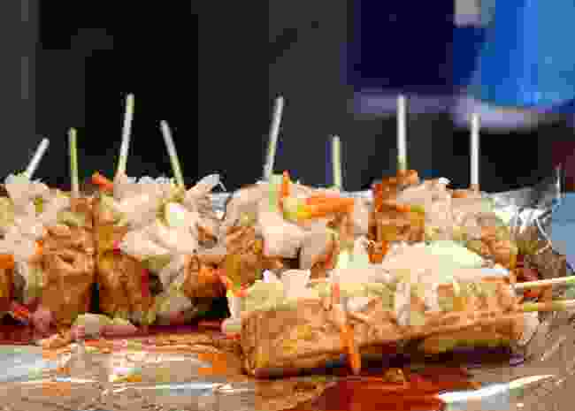 Stinky tofu and fermented cabbage, a Taiwanese street food dish (Shutterstock)