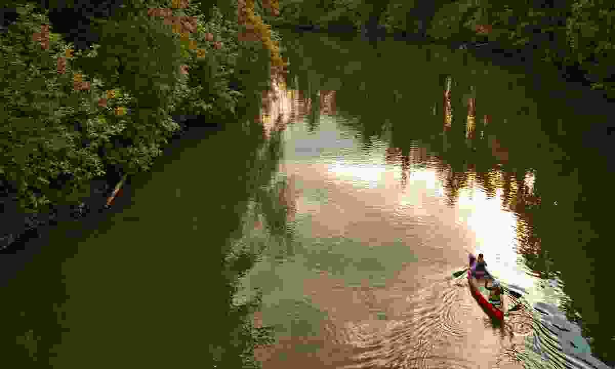 Kayak the Tualatin River (Washington County Visitors Association/ Scott Spiker)