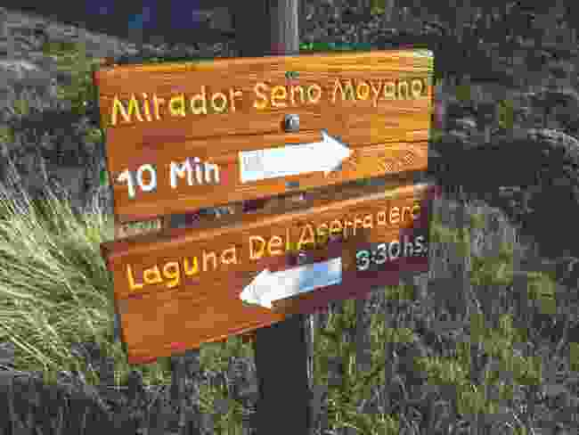 Signposts a couple of hours out of Estancia Helsingfors (Chris Moss)