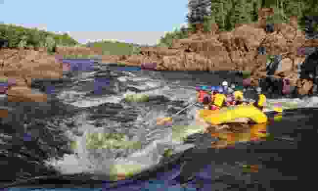 Rafting in Canada (Windows on the Wild)