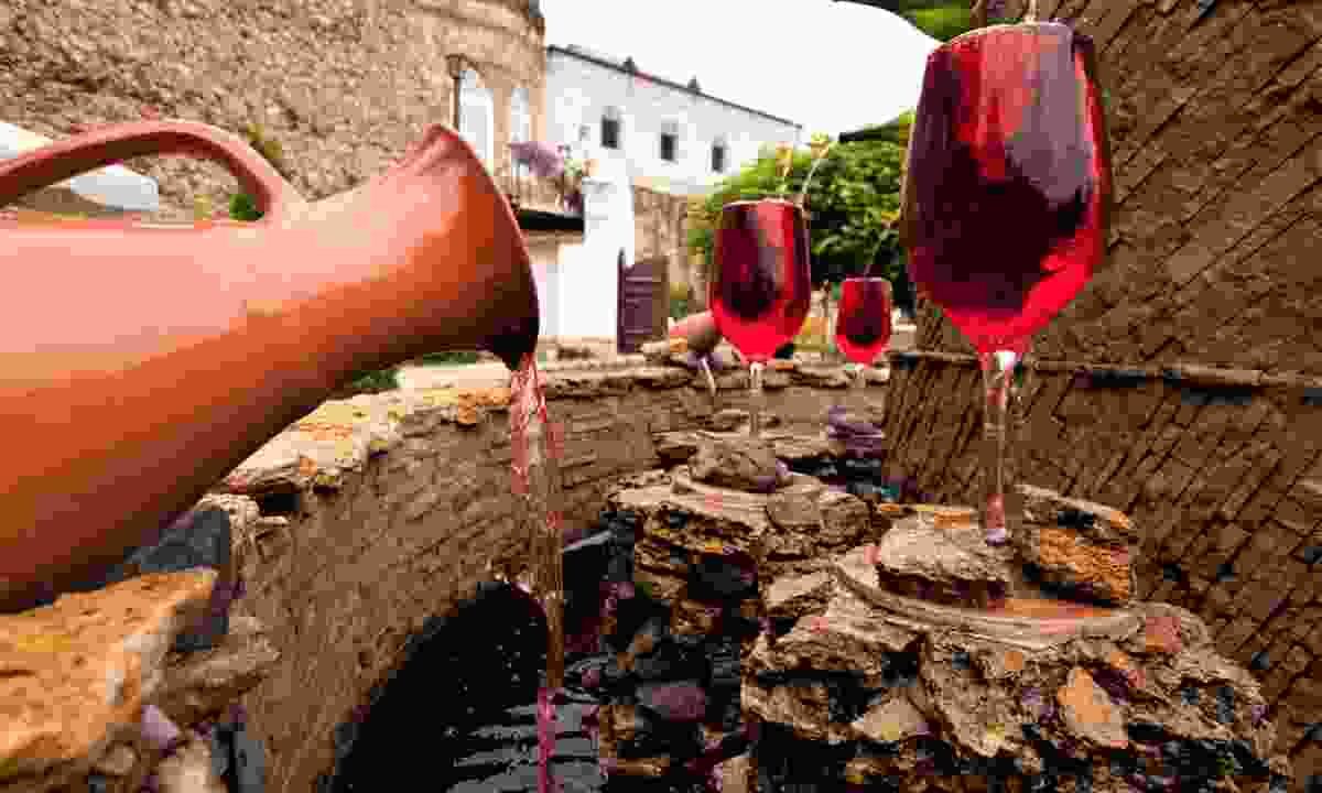The wine fountain at the entrance of the Milestii Mici wine cellar (Shutterstock)