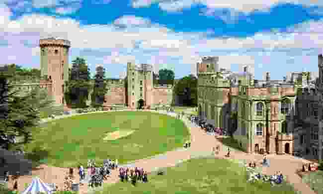 Warwick Castle (Dreamstime)