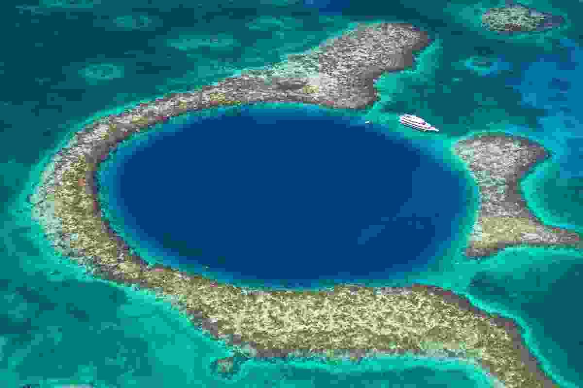 Belize's Great Blue Hole (Shutterstock)
