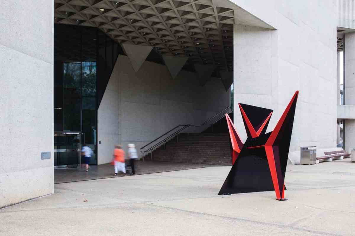 Entrance to the National Museum of Australia (VisitCanberra)