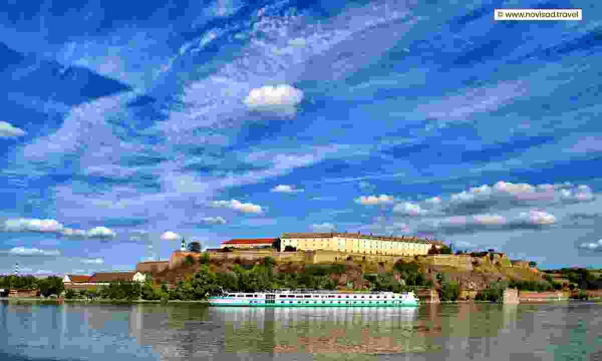 The Petrovaradin Fortress from the river (www.novisad.travel)