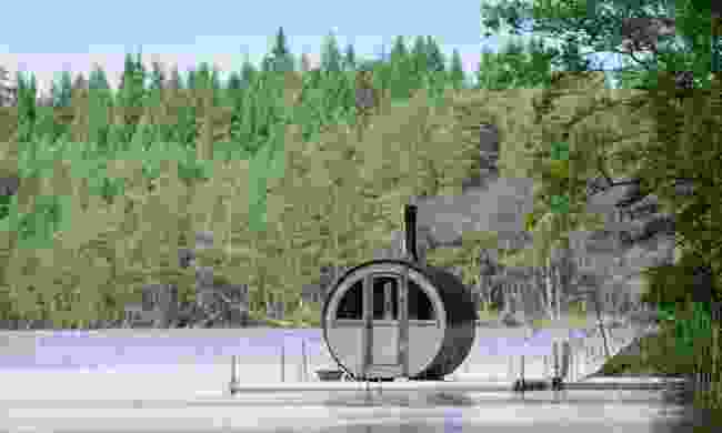 Kolarbyn's floating sauna (Phoebe Smith)