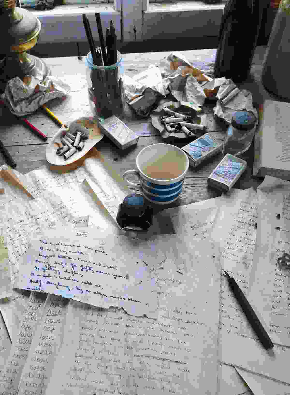 Inside Dylan Thomas' Writing Shed on the Laugharne estuary (Graeme Green)