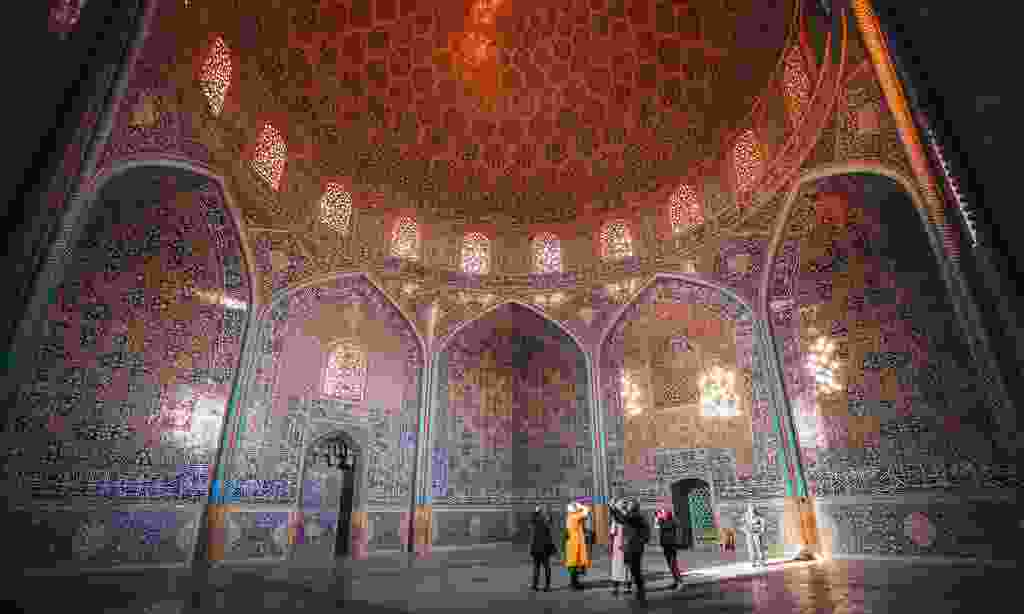 Explore Iran with Intrepid Travel (Damian Raggat)