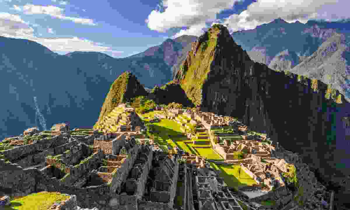 Machu Picchu (Shutterstock)