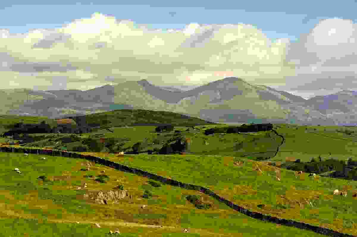The Old Man of Coniston, seen from Hoad Hill, Lake District, England (Dreamstime)