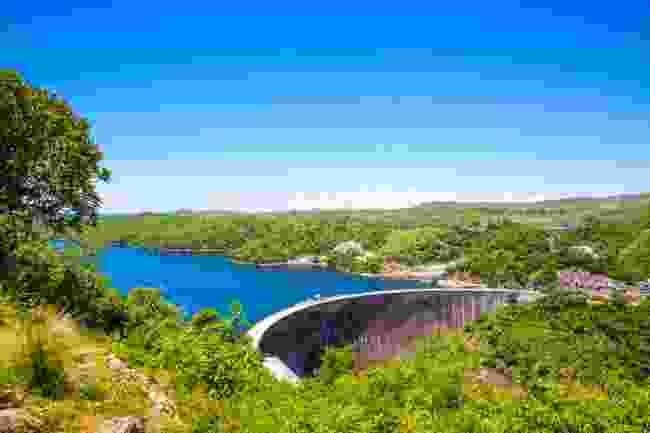 The almost vertical Kariba Dam, on the Zambezi River (Shutterstock)