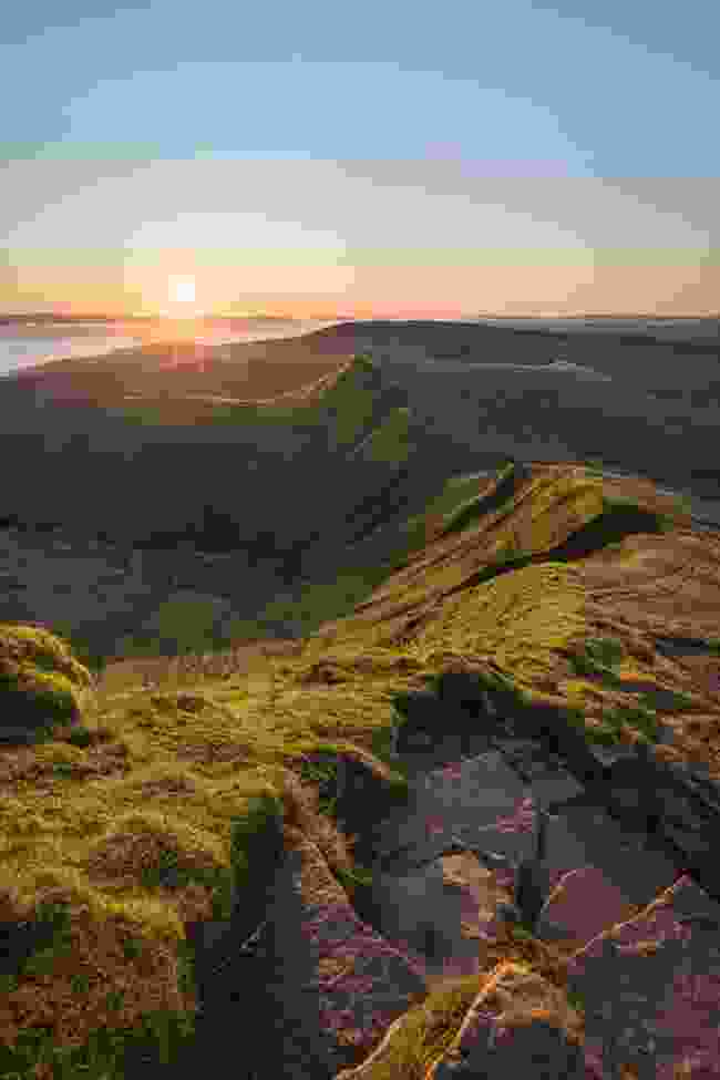 Sunrise in the Brecons (Drew Buckley)