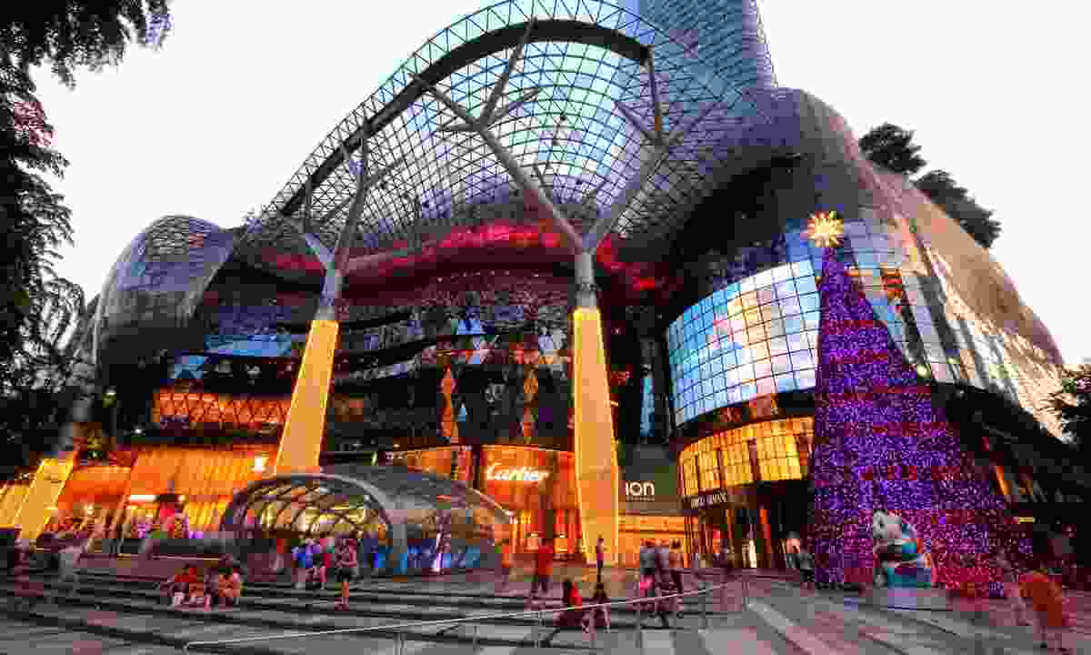 Christmas at ION Orchard Shopping Mall (Dreamstime)