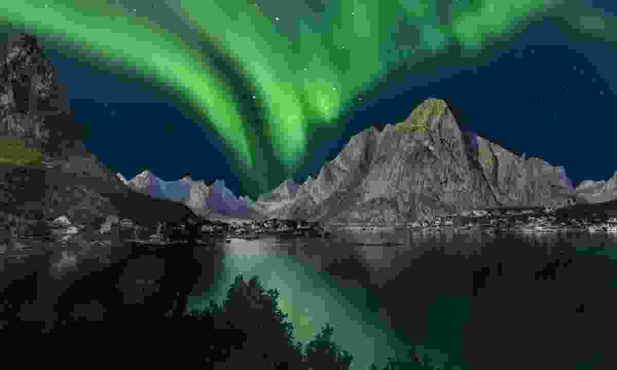 Northern lights above Lofoten, Norway (Dreamstime)