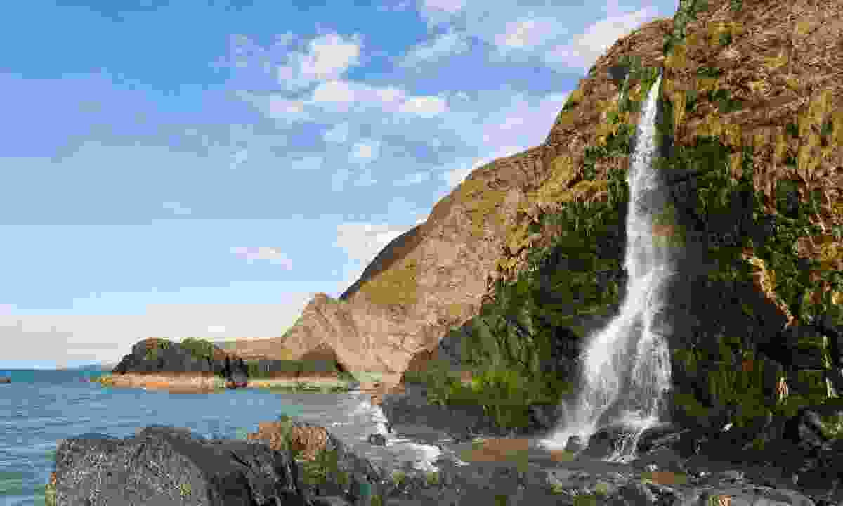 A waterfall at Cardigan Bay (Shutterstock)