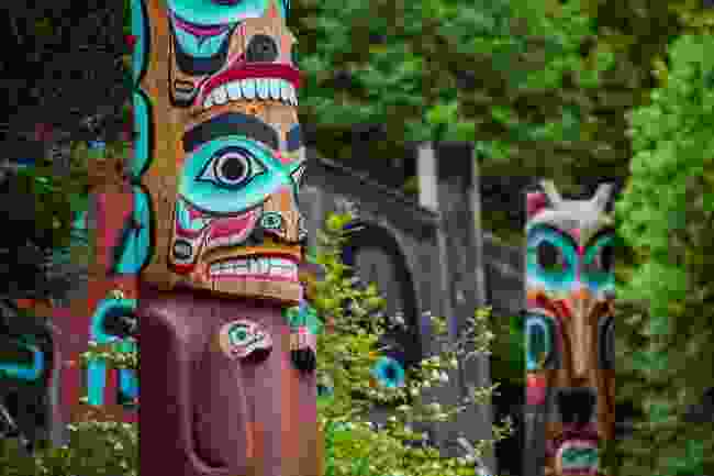 Totem poles in Saxman, Alaska, USA (Shutterstock)