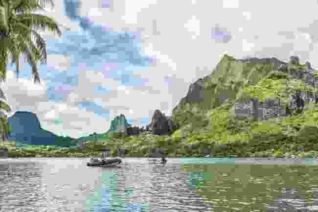 Cooks Bay, Tahiti (Shutterstock)