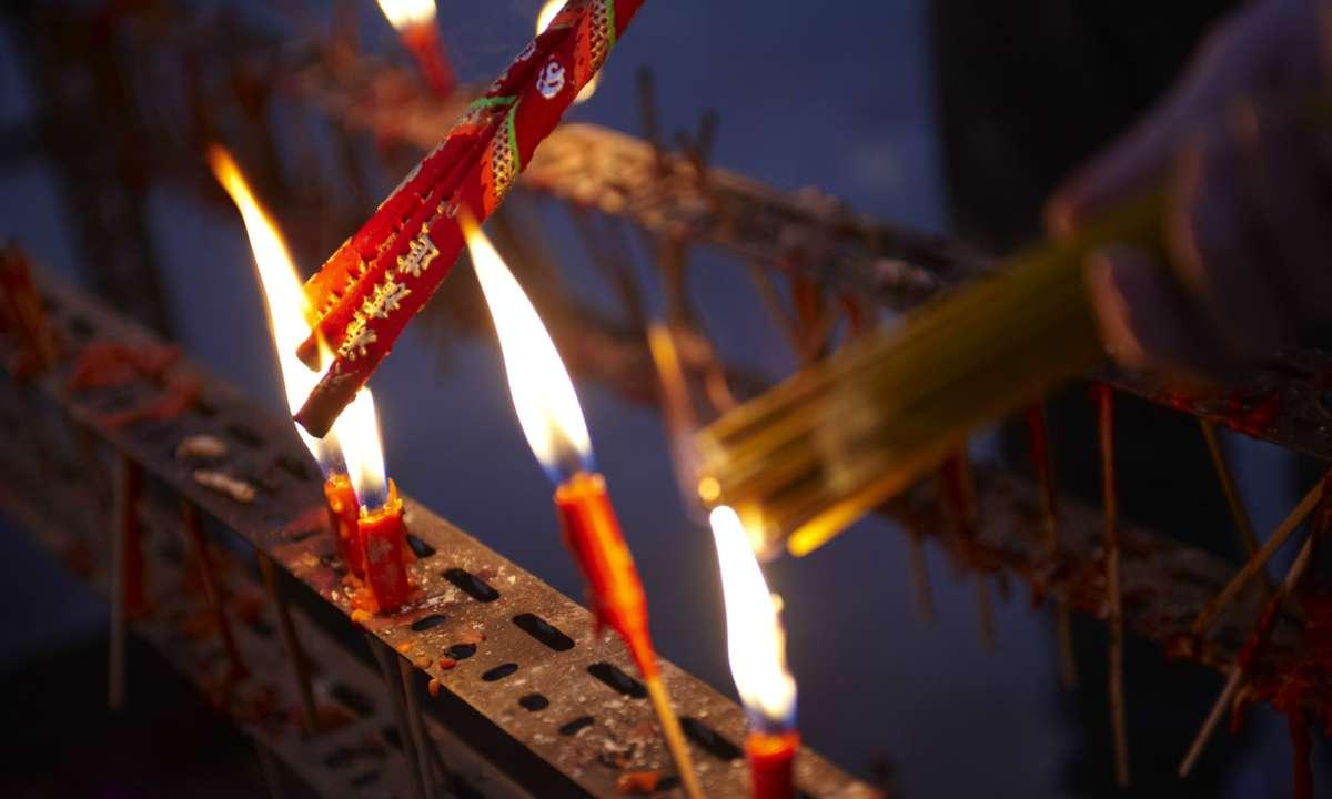 Candles at Chinese New Year celebrations (Hong Kong Tourism Board)