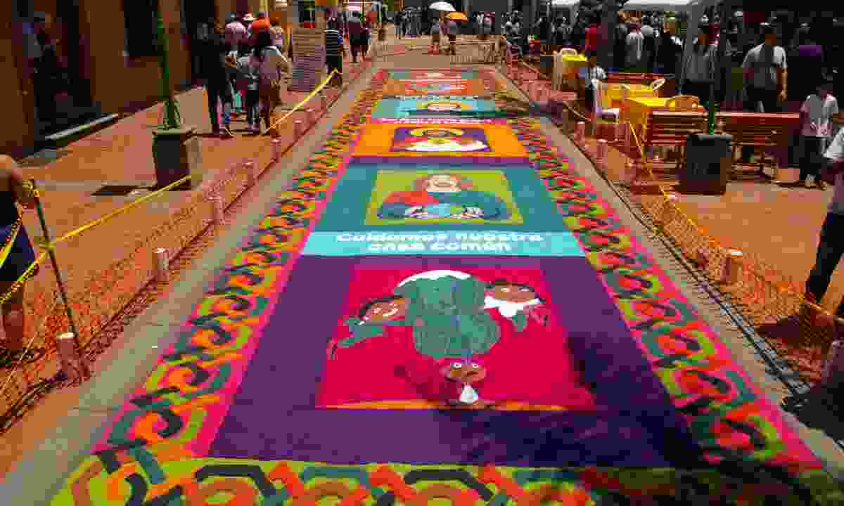 Sawdust coloured carpet on Good Friday in Comayagua (Shutterstock)