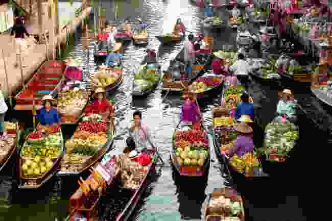 Thailand's most famous floating market, Damnoen Saduak in Ratchaburi (Shutterstock)