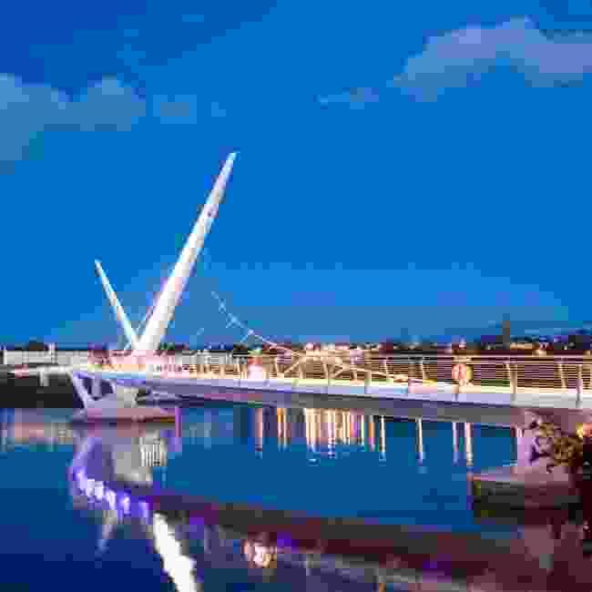 Derry-Londonderry's peace bridge (Gardiner Mitchell)
