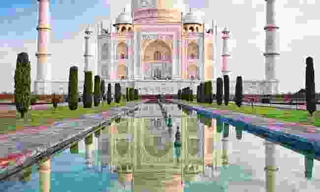 See the Taj Mahal (Newmarket Holidays)