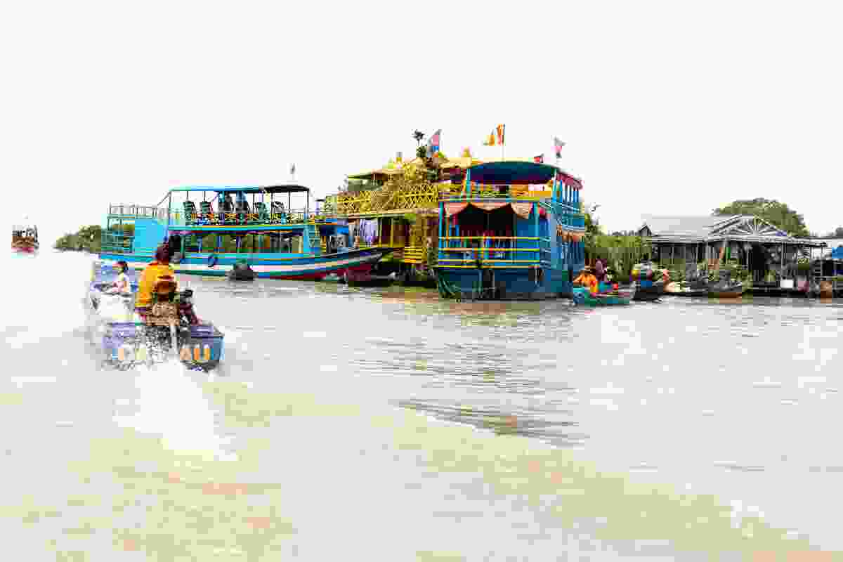 A snapshot of the floating village in Siem Reap, Cambodia (Dreamstime)