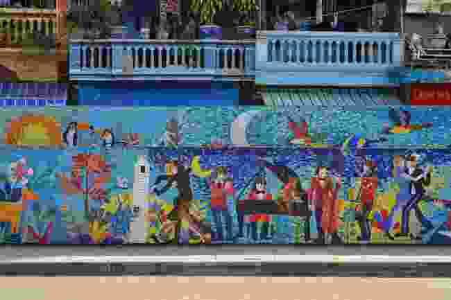 A section of the Hanoi Ceramic Mosaic Mural (Shutterstock)