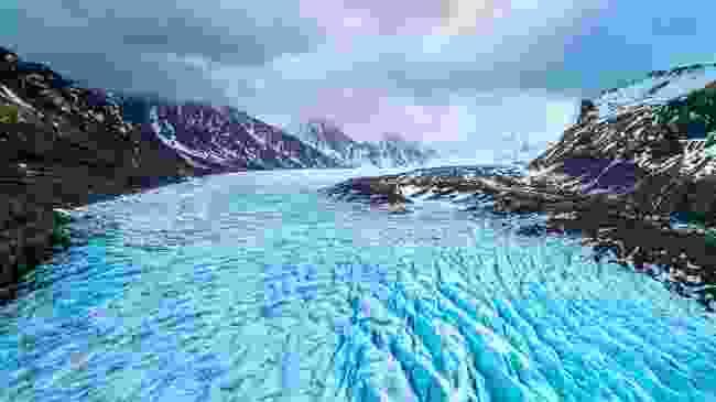 Skaftafell Glacier in Vatnajökull National Park, where Svínafellsjökull is located (Shutterstock)