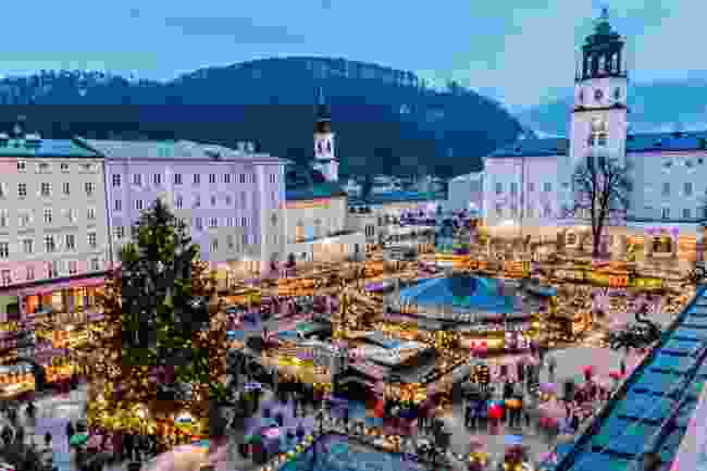 A Christmassy market in snow-soaked Salzburg's Old Town (Shutterstock)